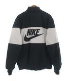 ナイキ NIKE AJ1021-010 シン フィル ボマー ジャケット ブルゾン 中綿 バック ロゴ ブラック 黒 ホワイト 白 M