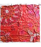 カレ90 Offrandes d'un jour 花の捧げ物 スカーフ シルク100% 赤系 レッド 花柄 フランス製