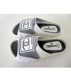 シャネル CHANEL サンダル スリッポン ココマーク 39 白 ホワイト グレー 24.5cm くつ 靴 シューズ ビーチサンダル