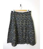 自由区 オンワード樫山 スカート フレア タック 花柄 カットワーク刺繍 46 3L 黒 ブラック 大きいサイズ