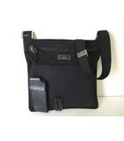 グッチ GUCCI バッグ ショルダーバッグ ナイロン レザー ロゴ プレート 黒 ブラック 斜め掛け かばん 鞄 カばん