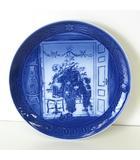 ロイヤルコペンハーゲン ROYAL COPENHAGEN イヤープレート 2000年 ミレニアム クリスマス プレート 絵皿 ブルー 白 陶磁器 箱付 美品