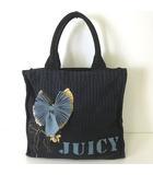 ジューシークチュール JUICY COUTURE バッグ トートバッグ キャンバス ロゴ コサージュ付 黒 ブラック かばん 鞄 カバン