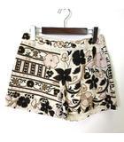 グレースコンチネンタル GRACE CONTINENTAL パンツ ショートパンツ 花柄 ビーズ ビジュー 刺繍 S オフ白 ホワイト マルチカラー