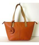 Pailot バッグ トートバッグ クラフト レザー フラワー モチーフ チャーム オレンジ キャメル 本革 かばん 鞄 カバン