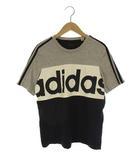 アディダス adidas エッセンシャルズ カラーブロック Tシャツ ロゴ プリント クルーネック トレーニングウェア 半袖 3本ライン 配色切替 グレー 白 ブラック S