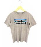 パタゴニア Patagonia ボーイズ P-6ロゴ オーガニック Tシャツ カットソー プリント 62153SP19 グレー サイズM 子供服 ボーイズ