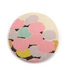 ミナペルホネン mina perhonen ブローチ バッジ 総柄 アイボリー ピンク 黒 グレー /MF26
