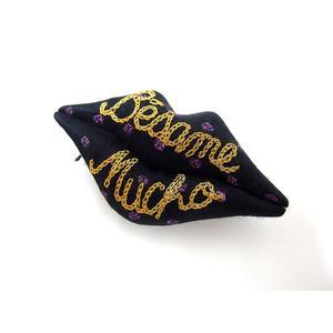 ワコマリア WACKO MARIA ブローチ キスブローチ ドット リップ バッチ 口唇 刺繍 ブラック パープル 黒 紫 /C メンズ